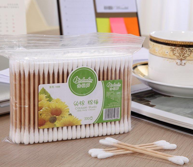 Item No.1038----200 Pcs Wooden Stick 100% Pure Cotton Buds Packed in PP Ziplock Bag