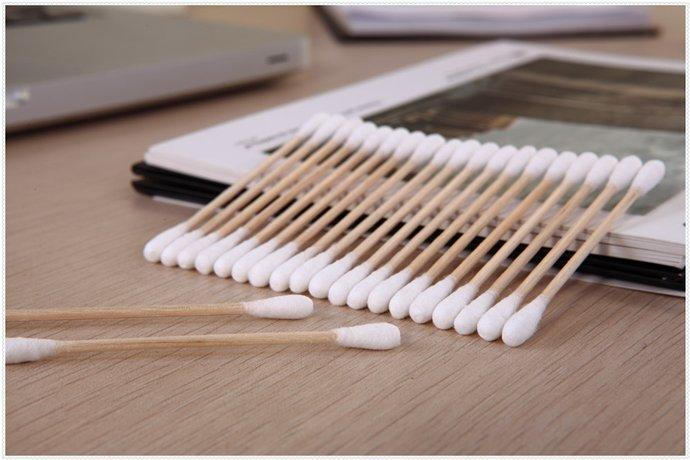 Item No:1037----100 Pcs Wooden Stick 100% Pure Cotton Buds Packed in PP Can