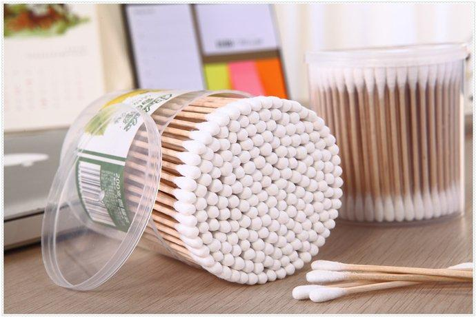 Item No.1062----300 Pcs Wooden Stick 100% Pure Cotton Swabs Packed in PP Can