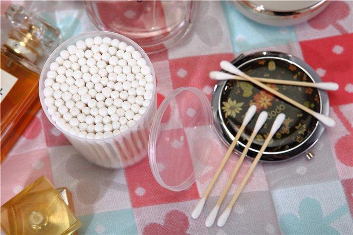 Item No: 8006----100 Pcs bamboo Stick 100% Pure Cotton Buds Packed in PP Can