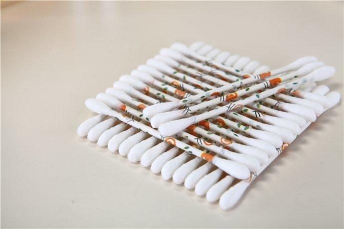 Item No: 9001----200 Pcs Printing Paper Stick 100% Pure Cotton Buds Packed in PP Can